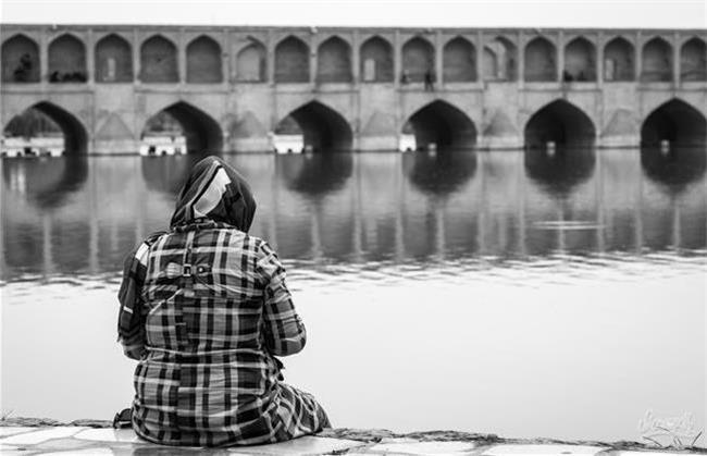 زخمیشدن دختران اصفهانی با کلت پنجونیم