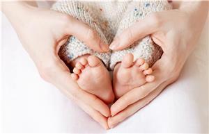 از کجا بفهمیم باردار هستیم؛ علایم اولیه
