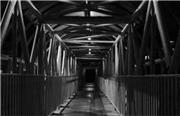 پل عابر پیاده یا تونل وحشت برای زنان؟